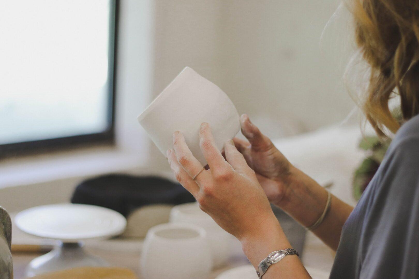 Copertina ECIPAR ceramica